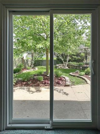 Photo 19: 421 AMBLESIDE Drive in London: North A Residential for sale (North)  : MLS®# 262817