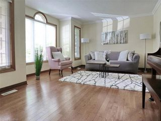 Photo 4: 421 AMBLESIDE Drive in London: North A Residential for sale (North)  : MLS®# 262817