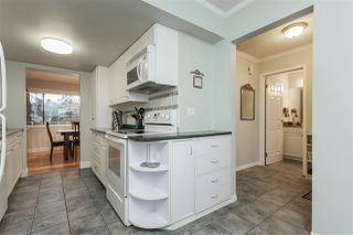 Photo 9: 15876 MCBETH STREET in Surrey: King George Corridor Townhouse for sale (South Surrey White Rock)  : MLS®# R2429903