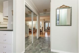 Photo 10: 15876 MCBETH STREET in Surrey: King George Corridor Townhouse for sale (South Surrey White Rock)  : MLS®# R2429903