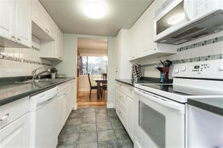 Photo 6: 15876 MCBETH STREET in Surrey: King George Corridor Townhouse for sale (South Surrey White Rock)  : MLS®# R2429903