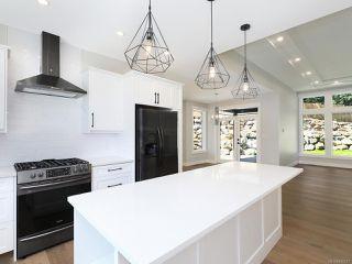 Photo 8: 3160 Klanawa Cres in COURTENAY: CV Courtenay East House for sale (Comox Valley)  : MLS®# 845517