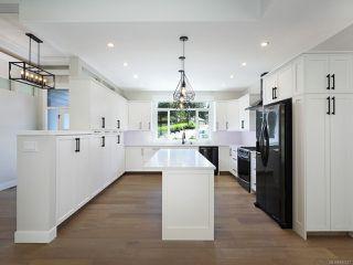 Photo 6: 3160 Klanawa Cres in COURTENAY: CV Courtenay East House for sale (Comox Valley)  : MLS®# 845517