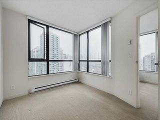 """Photo 19: 2205 977 MAINLAND Street in Vancouver: Yaletown Condo for sale in """"Yaletown Park 3"""" (Vancouver West)  : MLS®# R2480309"""