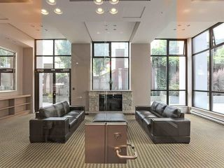 """Photo 6: 2205 977 MAINLAND Street in Vancouver: Yaletown Condo for sale in """"Yaletown Park 3"""" (Vancouver West)  : MLS®# R2480309"""