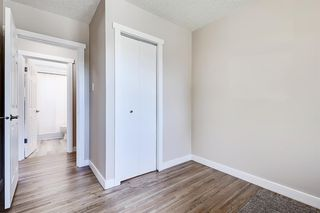 Photo 19: 532 ATHLONE Road SE in Calgary: Acadia Detached for sale : MLS®# A1018127