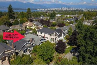 "Photo 3: 3825 W 19TH Avenue in Vancouver: Dunbar House for sale in ""Dunbar"" (Vancouver West)  : MLS®# R2495475"