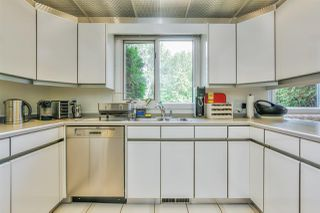 Photo 13: 400 LESSARD Drive in Edmonton: Zone 20 House for sale : MLS®# E4213968