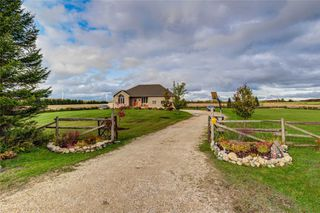 Photo 2: 097427 4th Line Sw in Melancthon: Rural Melancthon House (Bungalow) for sale : MLS®# X4939642