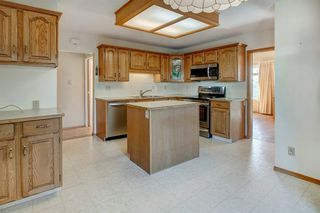 Photo 9: 5067 Nesbitt Road NW in Calgary: North Haven Detached for sale : MLS®# A1049278