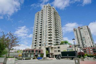 "Photo 1: 808 1 RENAISSANCE Square in New Westminster: Quay Condo for sale in ""THE 'Q'"" : MLS®# R2521364"