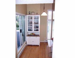 """Photo 8: 19 877 W 7TH AV in Vancouver: Fairview VW Townhouse for sale in """"EMERALD COURT"""" (Vancouver West)  : MLS®# V575221"""