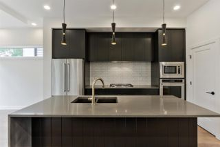 Photo 5: 9627 80 Avenue in Edmonton: Zone 17 House for sale : MLS®# E4165428