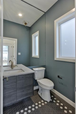 Photo 10: 9627 80 Avenue in Edmonton: Zone 17 House for sale : MLS®# E4165428