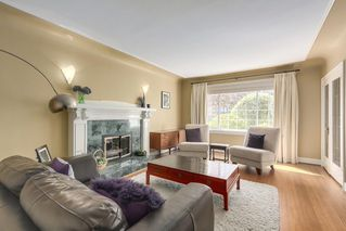 Photo 3: 2775 W 30TH Avenue in Vancouver: MacKenzie Heights House for sale (Vancouver West)  : MLS®# R2396538