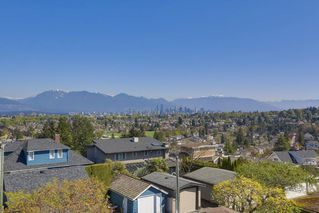Photo 2: 2775 W 30TH Avenue in Vancouver: MacKenzie Heights House for sale (Vancouver West)  : MLS®# R2396538