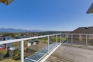Photo 9: 2775 W 30TH Avenue in Vancouver: MacKenzie Heights House for sale (Vancouver West)  : MLS®# R2396538