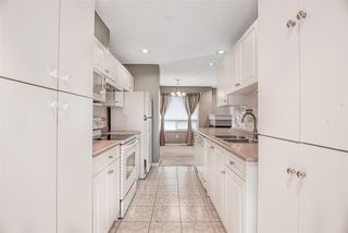 """Photo 5: 18 8289 121A Street in Surrey: Queen Mary Park Surrey Townhouse for sale in """"KENNEDY  WOODS"""" : MLS®# R2396850"""
