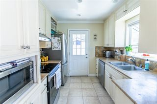 Photo 7: LA JOLLA House for sale : 2 bedrooms : 521 Rosemont St