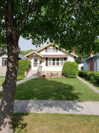 Photo 2: 232 Borebank Street in Winnipeg: Residential for sale (1C)  : MLS®# 202002021