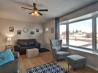 Photo 5: 13324 135 Street in Edmonton: Zone 01 House for sale : MLS®# E4189792