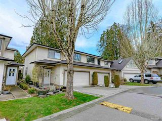 "Photo 1: 60 20881 87 Avenue in Langley: Walnut Grove Townhouse for sale in ""KEW GARDENS"" : MLS®# R2442958"