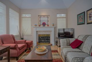 Photo 3: 50 7500 CUMBERLAND STREET in Burnaby: The Crest Townhouse for sale (Burnaby East)  : MLS®# R2442883