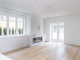 Photo 3: 2522 W 3RD Avenue in Vancouver: Kitsilano Townhouse for sale (Vancouver West)  : MLS®# R2447598