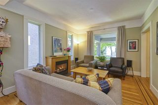 "Photo 3: 583 W 17TH Avenue in Vancouver: Cambie House for sale in ""Cambie Village"" (Vancouver West)  : MLS®# R2460136"