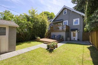 "Photo 19: 583 W 17TH Avenue in Vancouver: Cambie House for sale in ""Cambie Village"" (Vancouver West)  : MLS®# R2460136"