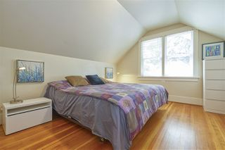"Photo 12: 583 W 17TH Avenue in Vancouver: Cambie House for sale in ""Cambie Village"" (Vancouver West)  : MLS®# R2460136"