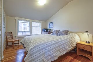 "Photo 14: 583 W 17TH Avenue in Vancouver: Cambie House for sale in ""Cambie Village"" (Vancouver West)  : MLS®# R2460136"