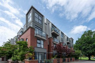 """Main Photo: 104 2688 VINE Street in Vancouver: Kitsilano Townhouse for sale in """"TREO"""" (Vancouver West)  : MLS®# R2474204"""