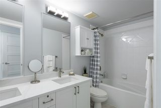 """Photo 19: 104 2688 VINE Street in Vancouver: Kitsilano Townhouse for sale in """"TREO"""" (Vancouver West)  : MLS®# R2474204"""
