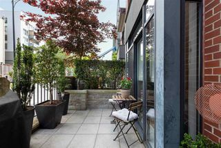 """Photo 3: 104 2688 VINE Street in Vancouver: Kitsilano Townhouse for sale in """"TREO"""" (Vancouver West)  : MLS®# R2474204"""