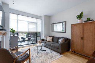 """Photo 9: 104 2688 VINE Street in Vancouver: Kitsilano Townhouse for sale in """"TREO"""" (Vancouver West)  : MLS®# R2474204"""
