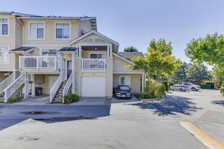 "Photo 2: 113 7179 201 Street in Langley: Willoughby Heights Townhouse for sale in ""Denim"" : MLS®# R2497612"