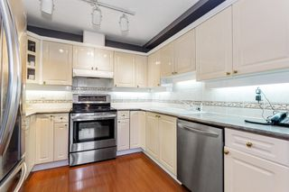"Photo 5: 3 222 E 5TH Street in North Vancouver: Lower Lonsdale Townhouse for sale in ""BURHAM COURT"" : MLS®# R2527548"