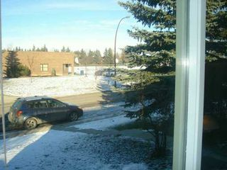 Photo 3:  in CALGARY: Rundle Residential Detached Single Family for sale (Calgary)  : MLS®# C3239418