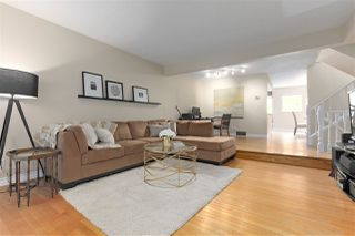 """Photo 4: 8865 FINCH Court in Burnaby: Forest Hills BN Townhouse for sale in """"PRIMROSE HILL"""" (Burnaby North)  : MLS®# R2388063"""