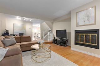 """Photo 3: 8865 FINCH Court in Burnaby: Forest Hills BN Townhouse for sale in """"PRIMROSE HILL"""" (Burnaby North)  : MLS®# R2388063"""