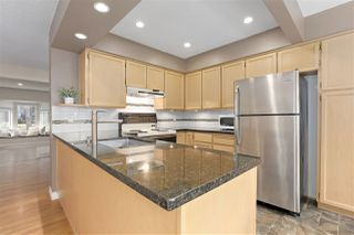 """Photo 6: 8865 FINCH Court in Burnaby: Forest Hills BN Townhouse for sale in """"PRIMROSE HILL"""" (Burnaby North)  : MLS®# R2388063"""