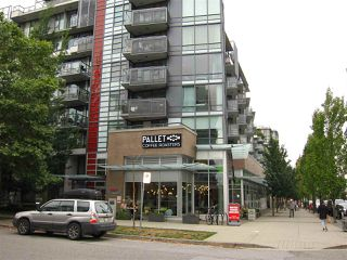 "Photo 4: 402 2528 MAPLE Street in Vancouver: Kitsilano Condo for sale in ""Pulse"" (Vancouver West)  : MLS®# R2397843"