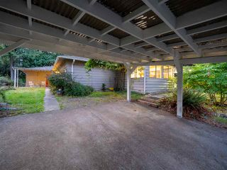 Photo 15: 5375 THE TERRACE Avenue in West Vancouver: Caulfeild House for sale : MLS®# R2399075