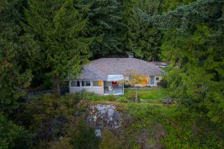 Main Photo: 5375 THE TERRACE Avenue in West Vancouver: Caulfeild House for sale : MLS®# R2399075