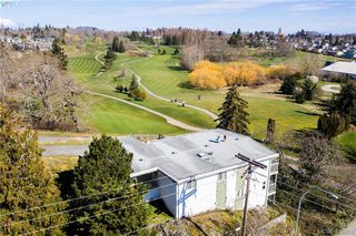Photo 5: 1438 Finlayson Street in VICTORIA: Vi Mayfair Single Family Detached for sale (Victoria)  : MLS®# 416259