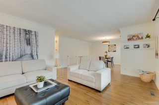 """Photo 3: 3255 SAMUELS Court in Coquitlam: New Horizons House for sale in """"NEW HORIZONS"""" : MLS®# R2420911"""