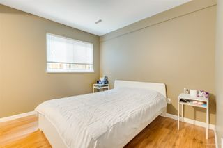"""Photo 16: 3255 SAMUELS Court in Coquitlam: New Horizons House for sale in """"NEW HORIZONS"""" : MLS®# R2420911"""