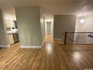 Photo 2: 1527 Junor Avenue in Saskatoon: Dundonald Residential for sale : MLS®# SK793826
