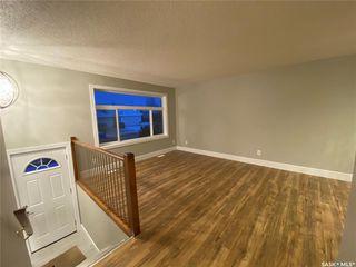 Photo 4: 1527 Junor Avenue in Saskatoon: Dundonald Residential for sale : MLS®# SK793826